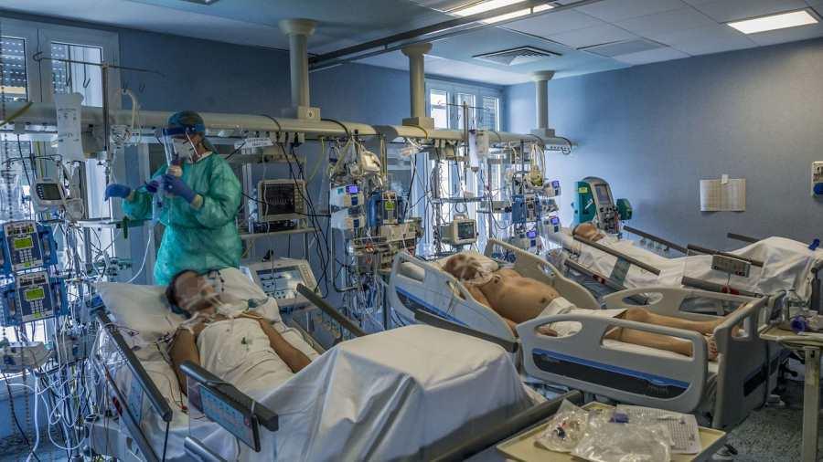 Meghalt 179 beteg, 5653-mal nőtt a fertőzöttek száma Magyarországon
