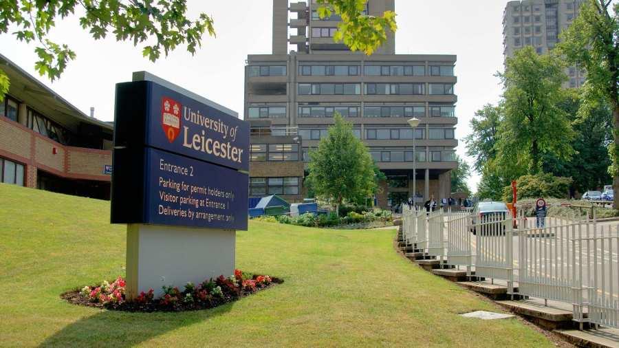 Kiveszi a tananyagból a középkori irodalmat az angol egyetem