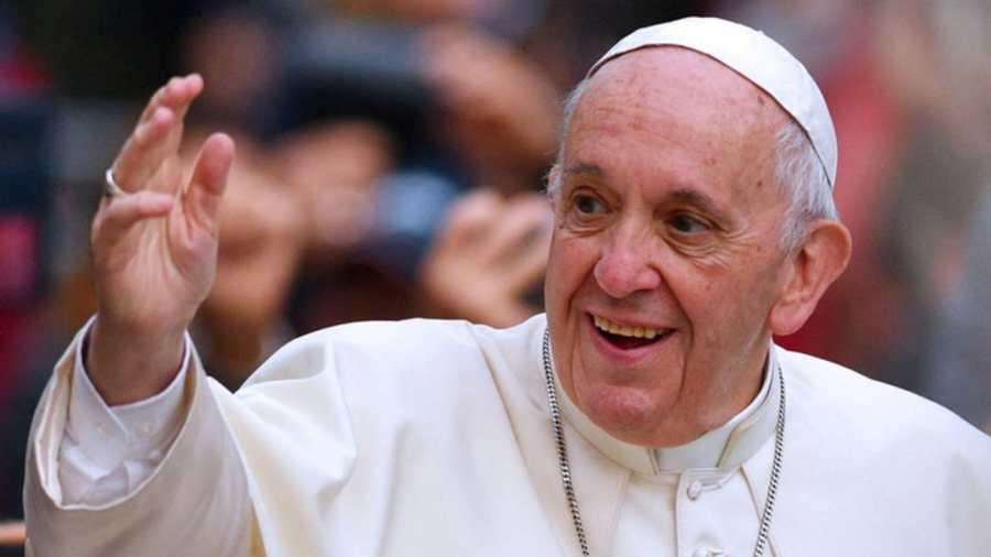 Ferenc pápa nem zárja ki a lemondását, de Rómából már nem költözne el