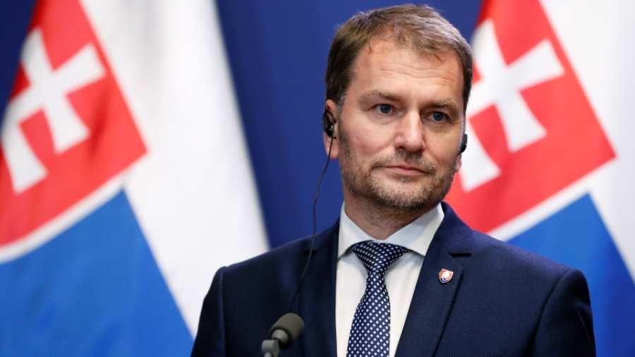 A szlovák miniszterelnök kiállt Szijjártó Péter mellett