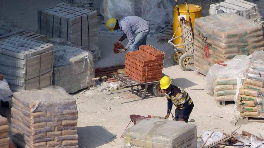 Botrány: A szadai polgármester telkeit nem érinti a korlátozás